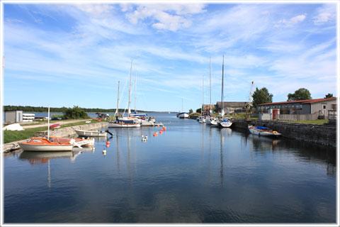 Småbåtshamnen i Valleviken